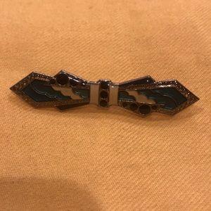 Enamel retro pin